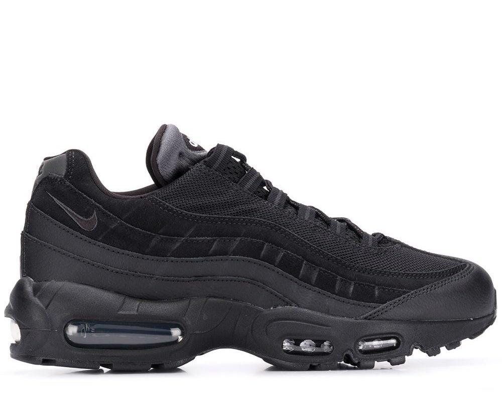 Air Max 95 Essential Triple Black Sneakers