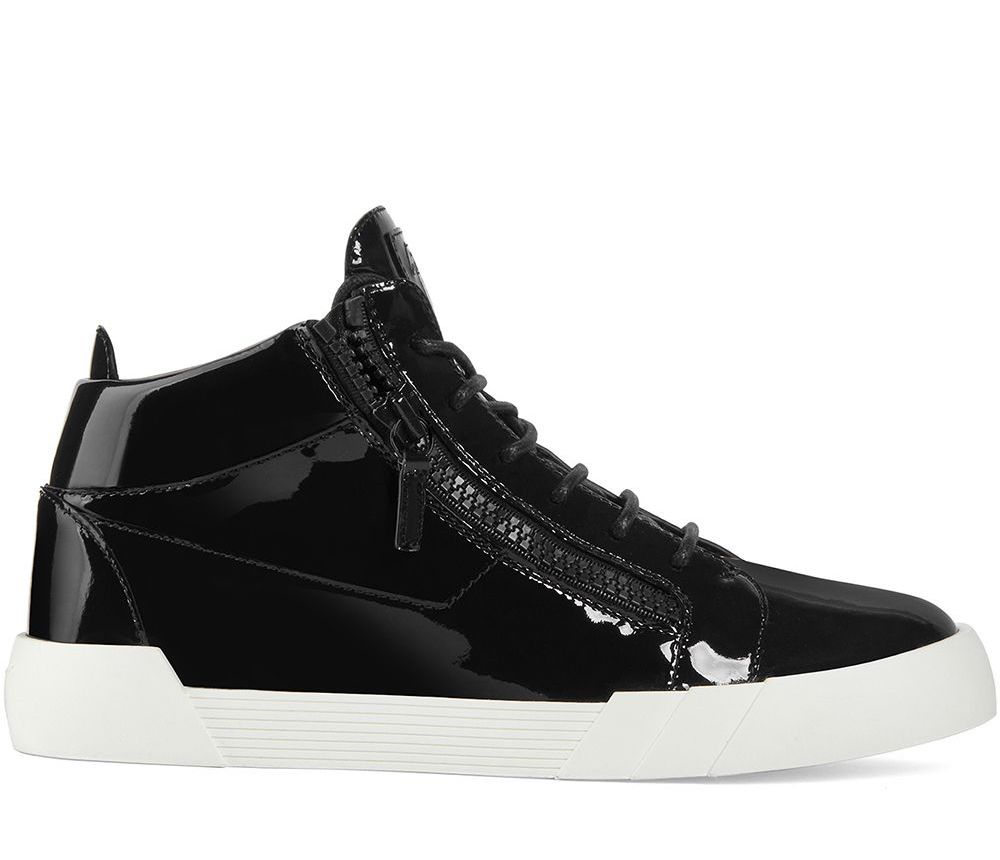 The Shark 5.0 High-Top Sneakers
