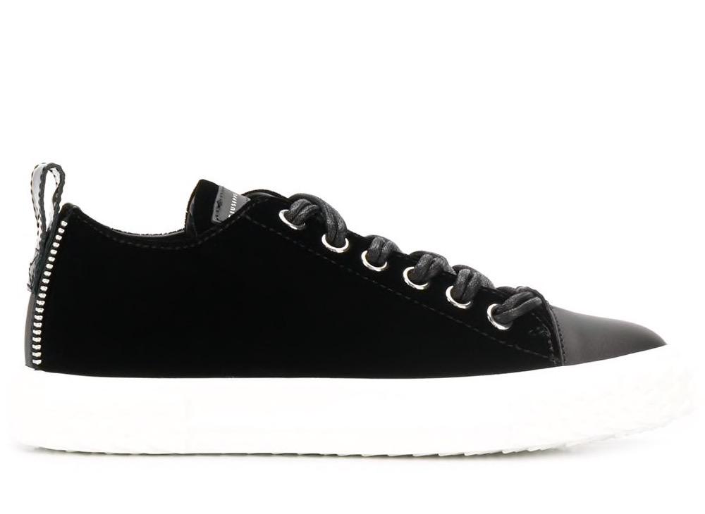 Blabber Velvet Sneakers